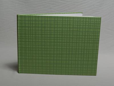 320-Πράσινο με καρό μοτίβα